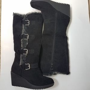 Rampage suede black wedge faux fur voots size 8